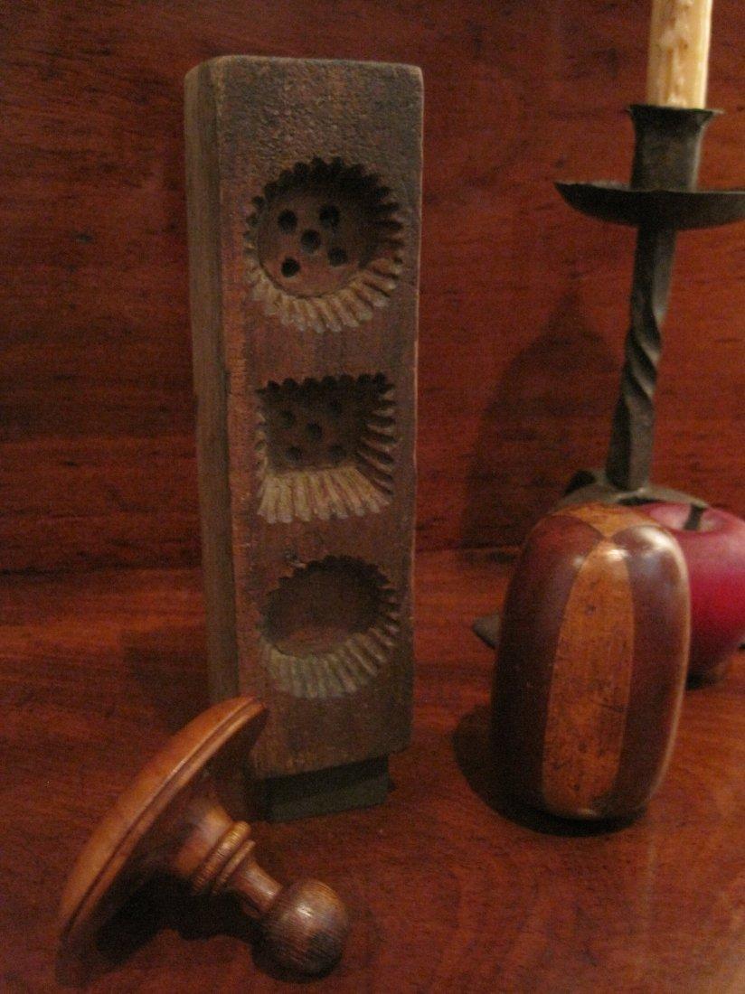 Shaker Beeswax Sewing Thread Mold & Sock Darners 1800s - 2