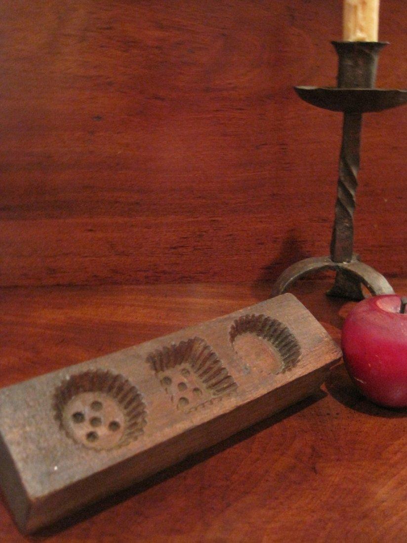 Shaker Beeswax Sewing Thread Mold & Sock Darners 1800s - 4