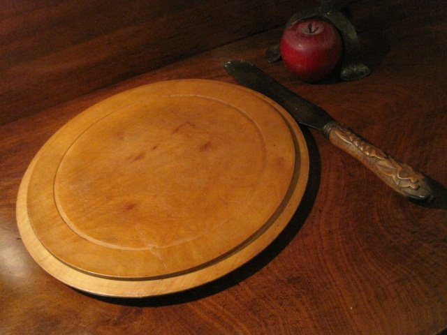 Carved Bread Board & Hallmarked Knife Ca 1800s - 7