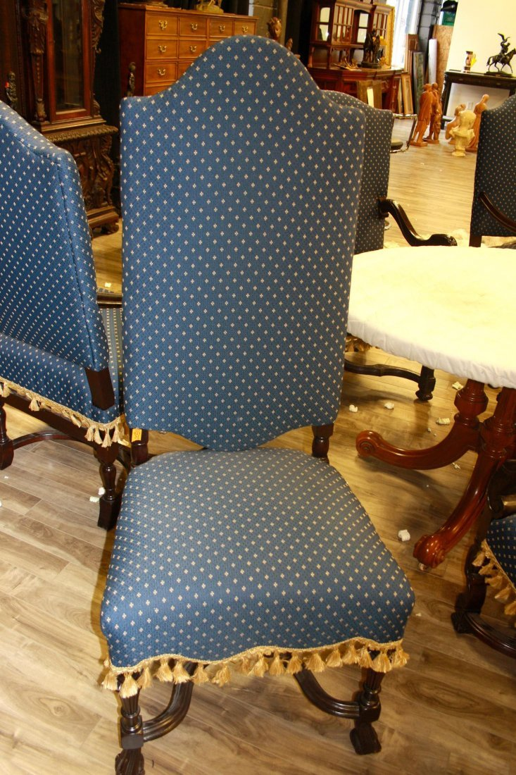 A PAIR OF WILLIAM AND MARY-STYLE MAHOGANY SIDE-CHAIRS,