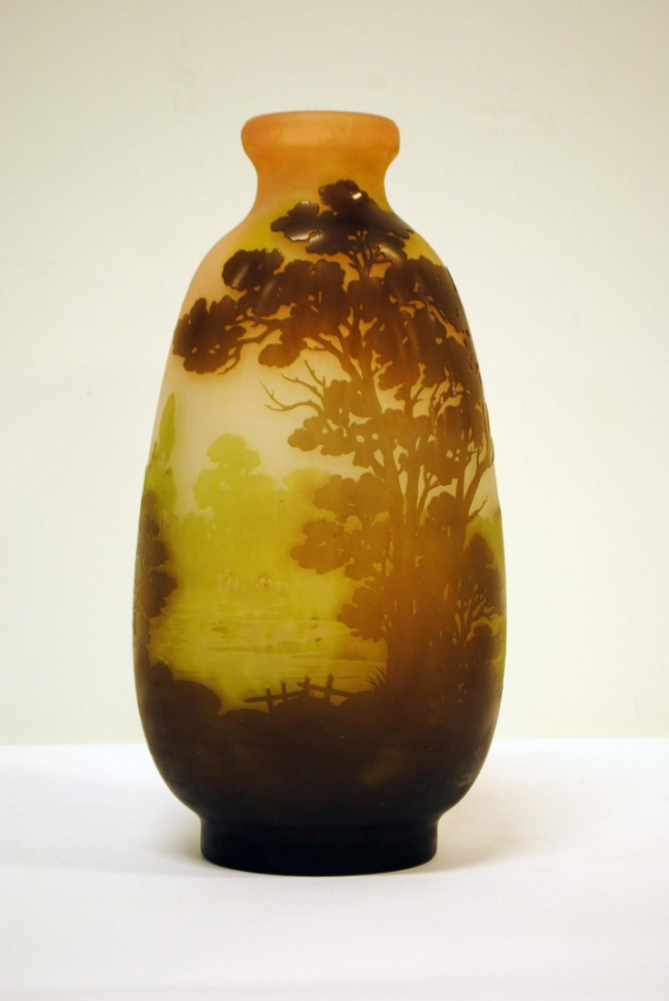 A BEAUTIFUL AND RARE GALLE VASE IN PURPLE, PINK, GREEN