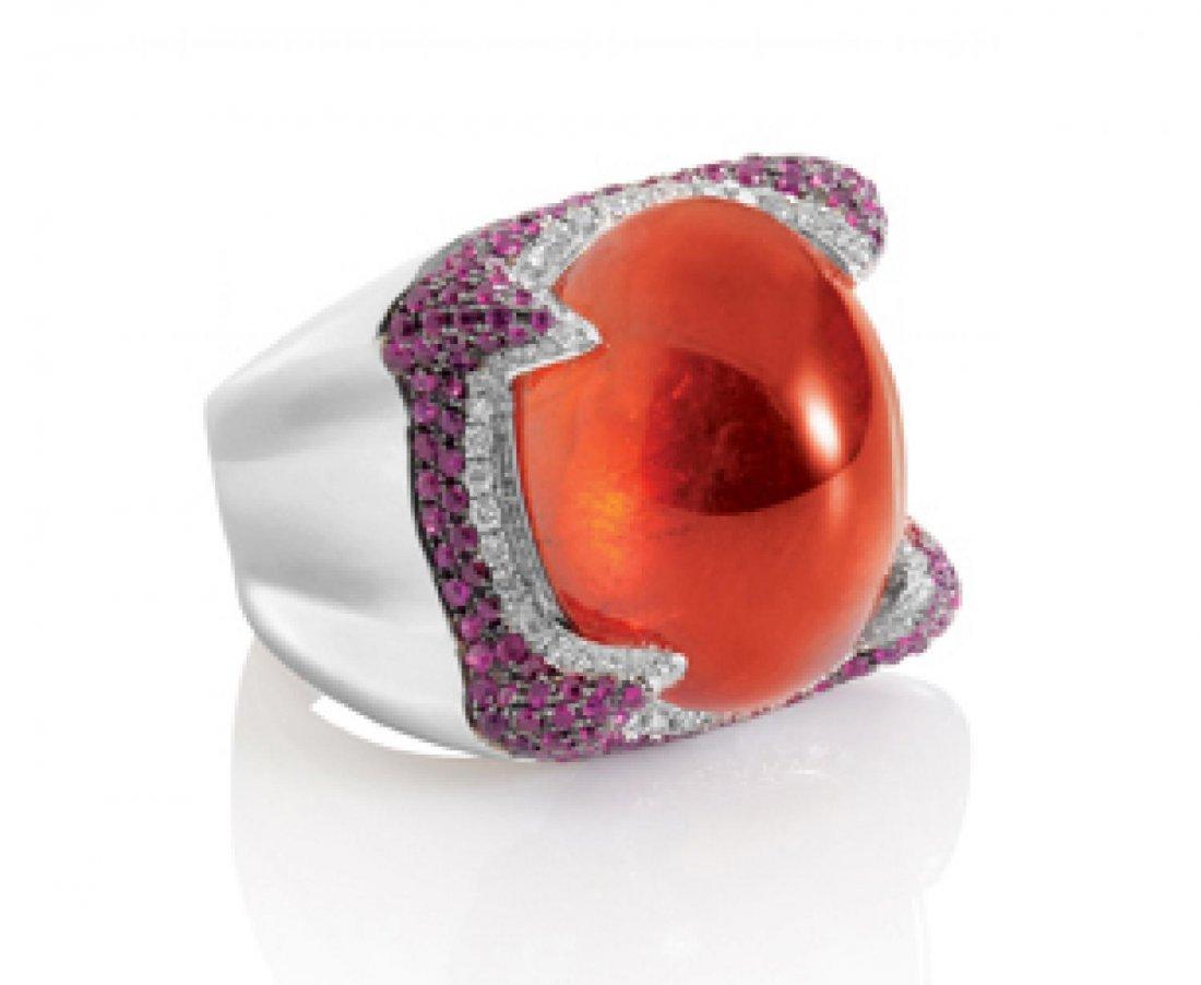 AN ORANGE GARNET AND RUBY RING, 天然石