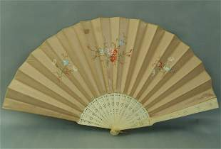 Beautiful Antique Bone and Silk Hand fan 19th Century