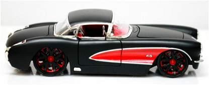 COLLECTIBLE 1957 MATTE BLACK CORVETTE DIECAST MODEL CAR