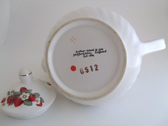 Arthur Wood and Son Teapot, Floral Strawberry - 4