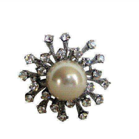 Simulated Diamond Embedded Sun Rays White Pearl Stud Dr