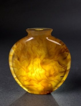 Chinese Agate Snuff Bottle, Oing Dyn.