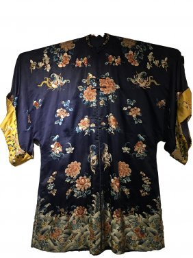 Large Chinese Embroidered Silk Robe