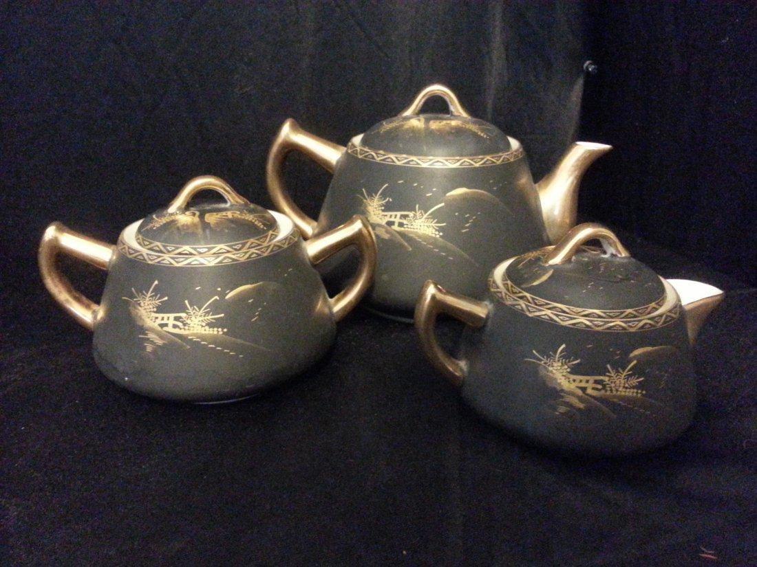 3 Japanese Imari porcelain covered