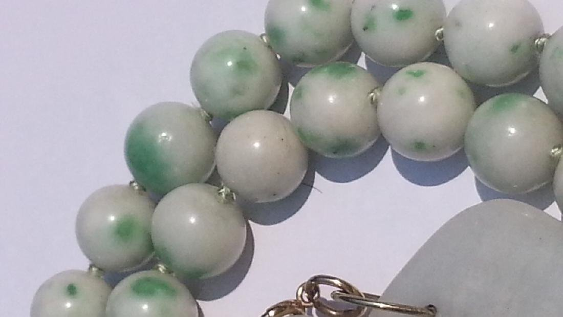 ANTIQUE CHINESE NATURAL JADE NECKLACE - 6