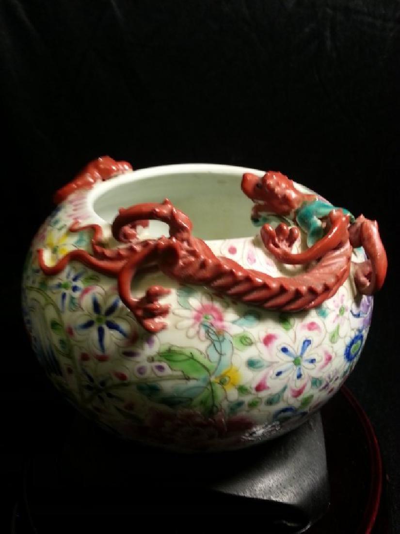 ANTIQUE Famille Rose enameled porcelain brushpot - 3