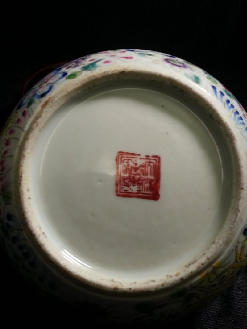 ANTIQUE Famille Rose enameled porcelain brushpot - 4