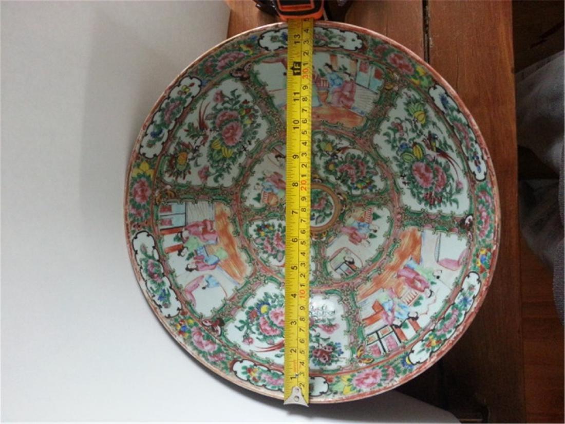 Big  19th Century Chinese Export Rose Medallion VASE
