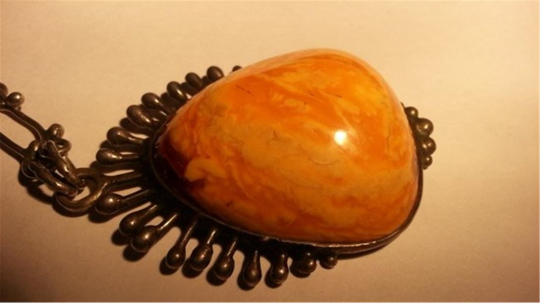 BUTTERSCOTCH AMBER NECKLACE - 4