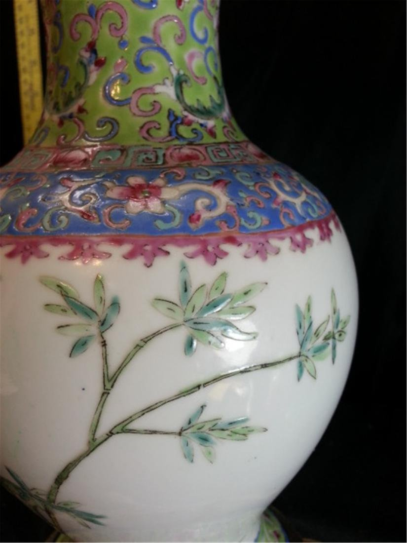Antique Chinese Famille Rose Porcelain VASE - 5
