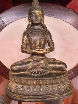 A fine Chinese gilt bronze sculpture of Buddha
