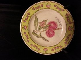 Chinese Porcelain Famille Rose Plate