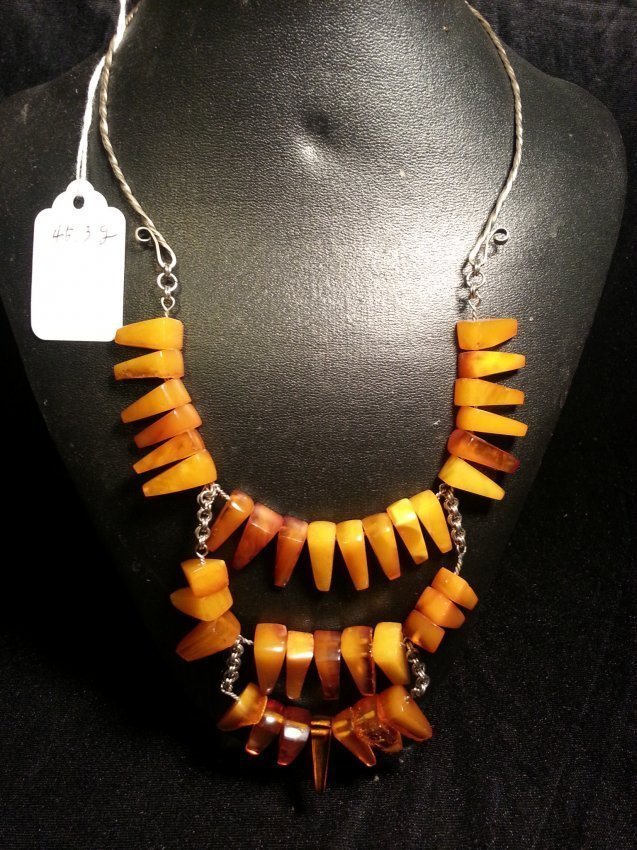 Old NATURAL AMBER MILA NECKLACE