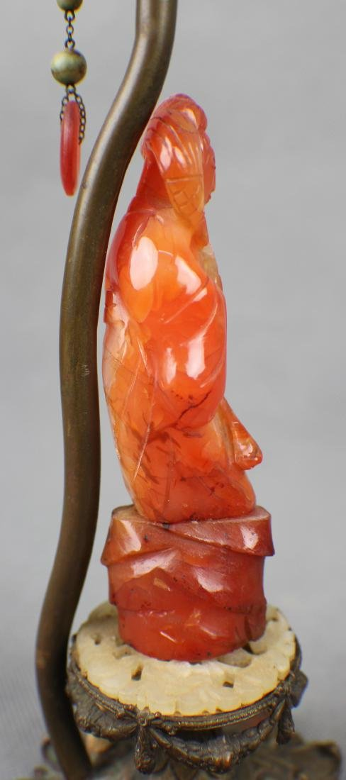 A Red Agate Officer lamp fromn Qing Dynasty - 4