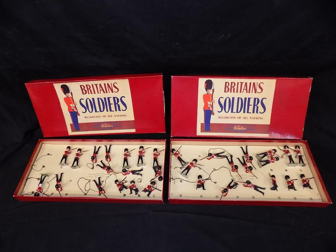 (2) BRITAIN'S Lead Toy Soldiers - Grenadier Guards -