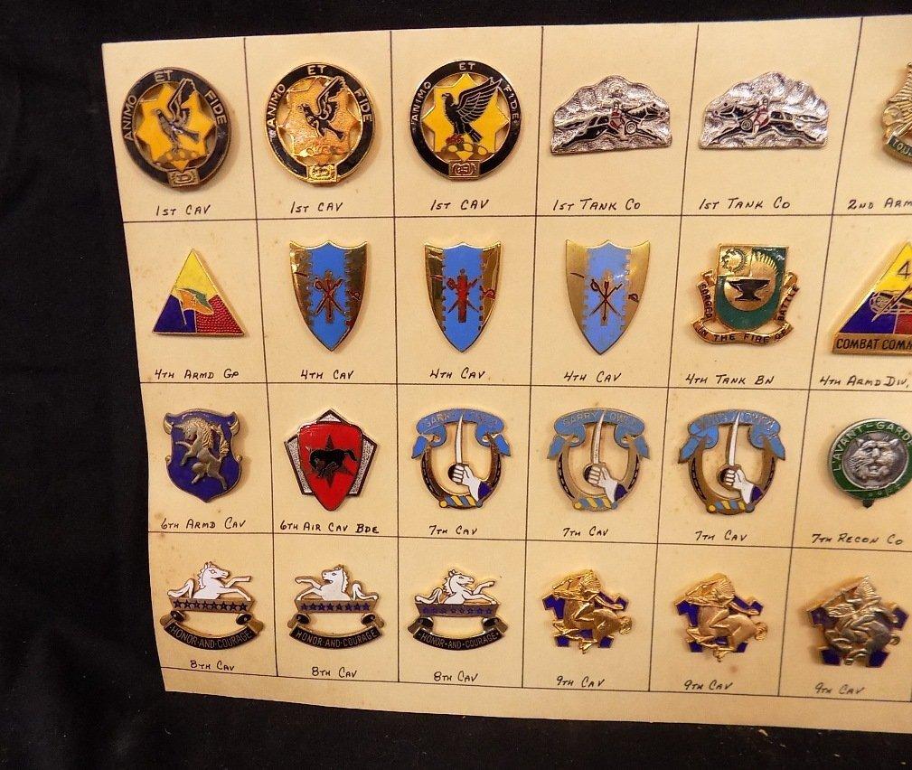 (36) United States Military Pins 1st Cav, 3rd Armd Cav, - 2