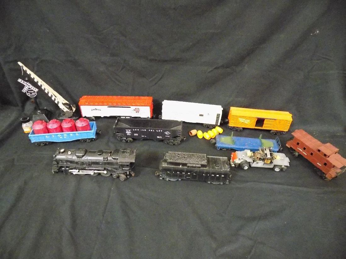 Vintage Lionel Train Set Engine 2037 w/6026w Tender,