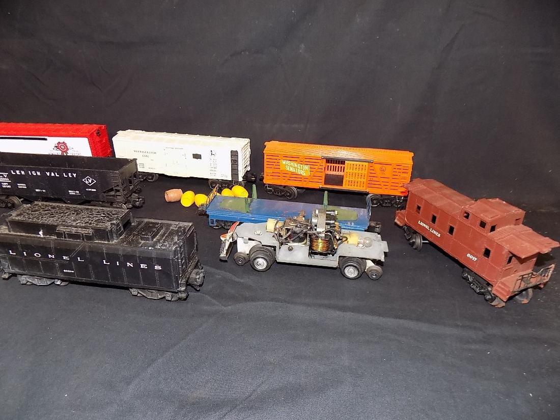 Vintage Lionel Train Set Engine 2037 w/6026w Tender, - 3