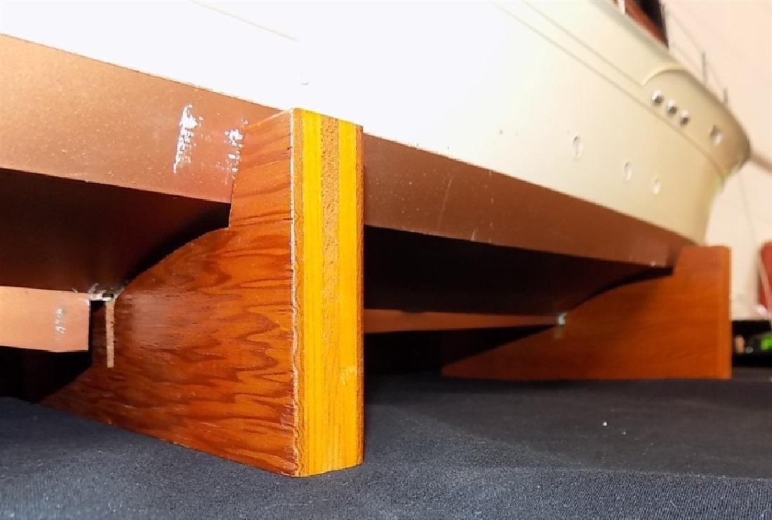"1950's Chris-Craft Luxury Boat Display Model 31"" - 5"
