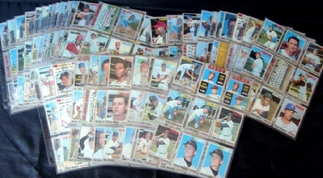 1970 Topps Baseball Card Lot, (525 Cards ++) with Stars - 2