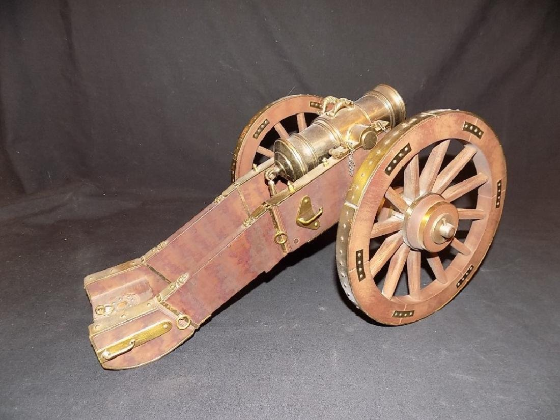 1/8 Scale Model Cannon British Howitzer Captured by - 3