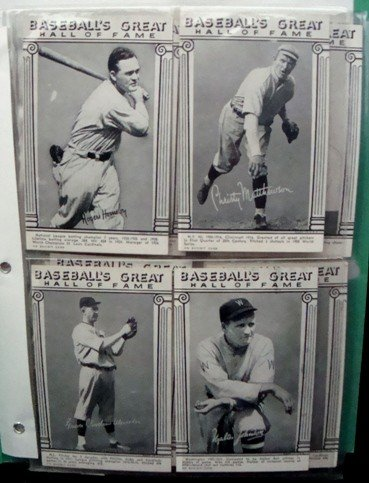 9: 1974 Baseball's Great Hall of Fame Card Lot
