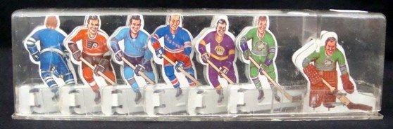 104: 1960's Coleco Table Top Tin Hockey Player Set
