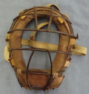 19: Early Pro Catcher's Mask
