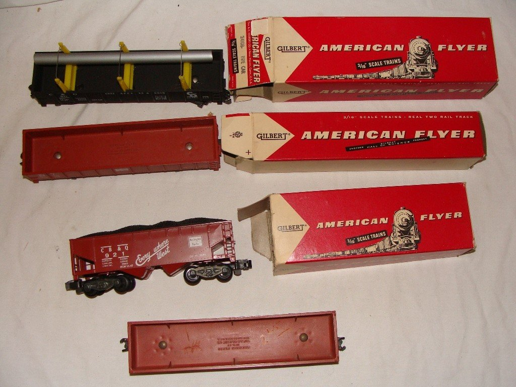18: American Flyer Lot Train Cars w Boxes