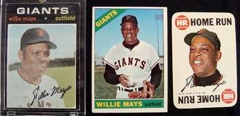 464A: Topps Willie Mays Vintage Star Card Lot