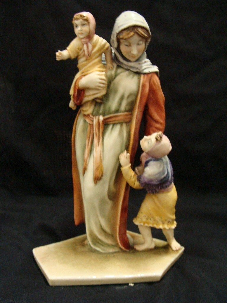 8: Borsato 7628/2 Mother w Children