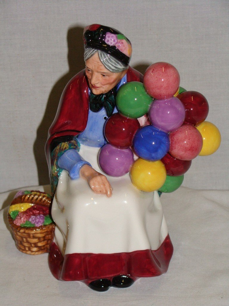 74: Royal Doulton Old Balloon Seller HN1315