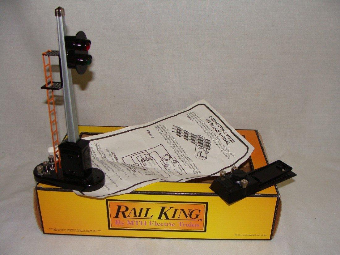 9: RailKing no. 153 Block Signal no 30-1076 w Box