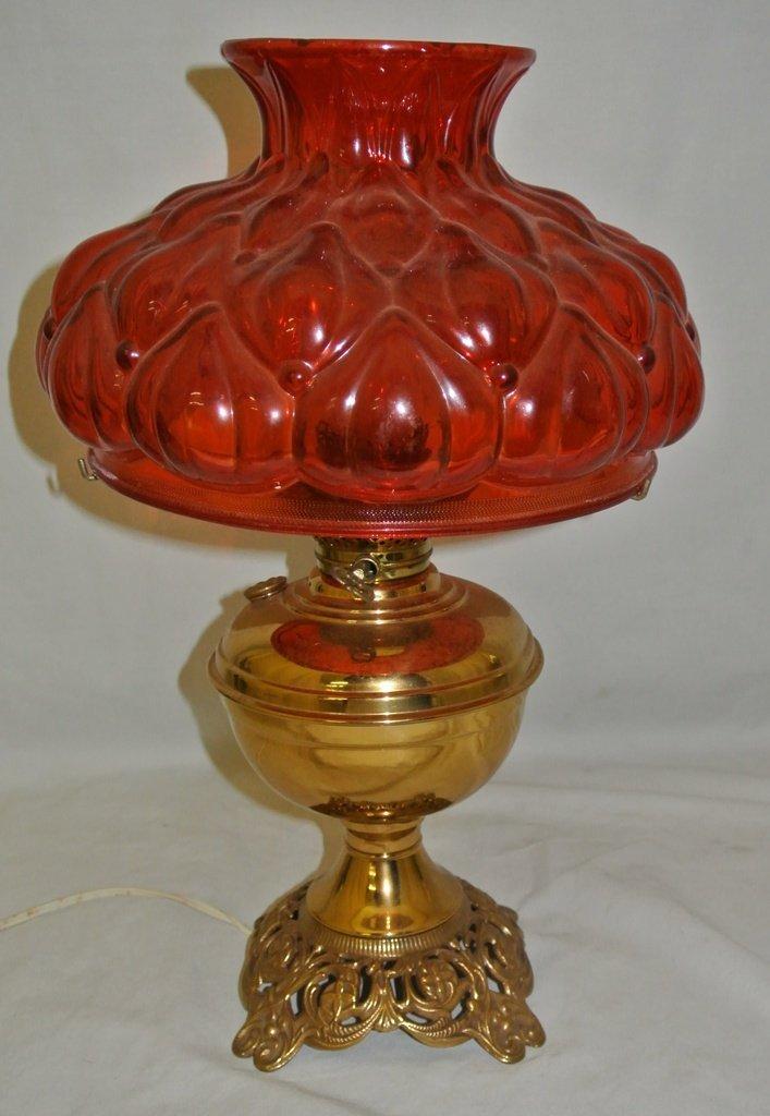 101: Aladdin Stlye Brass Lamp w/Orange Red Shade
