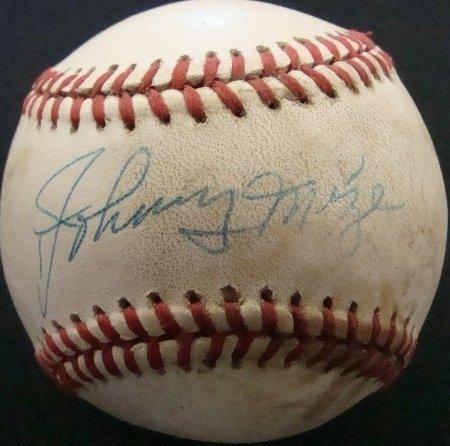 17: Johnny Mize Single Signed Baseball