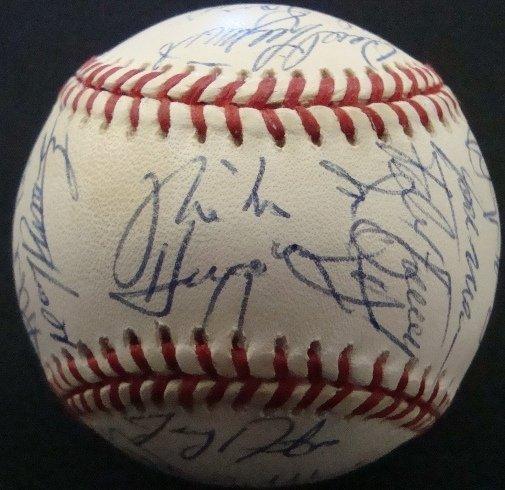 18: 1993 Cleveland Indians Team Signed Ball, (30 sig)