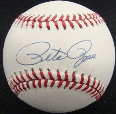 48: Pete Rose Autographed Baseball