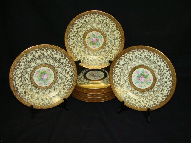 13: Lot of 12 Hutschenreuther Selb Gold Gilt Floral 10