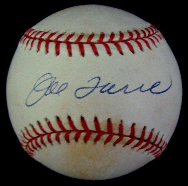 19: Joe Torre Single Signed Baseball