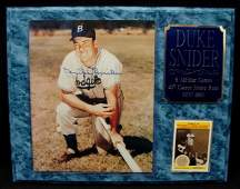 52 Duke Snider Autographed 8x10 Photo Display