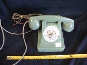Western Electric Bell Systems Green Rotary Dial Telepho