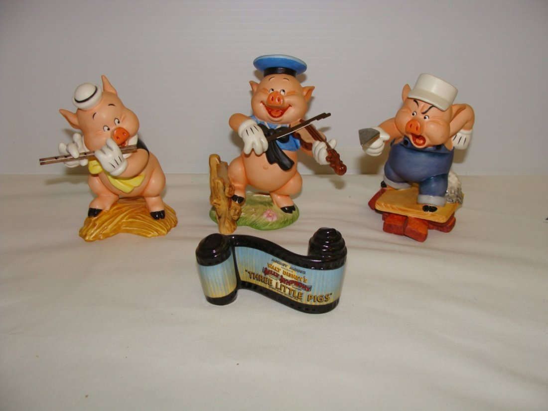 All Three Little Pigs Disney WDCC Lot of 4