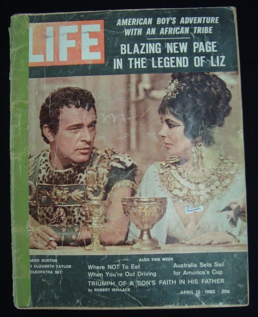 1962 Life Magazine with Mantle Maris Post Cereal Cards