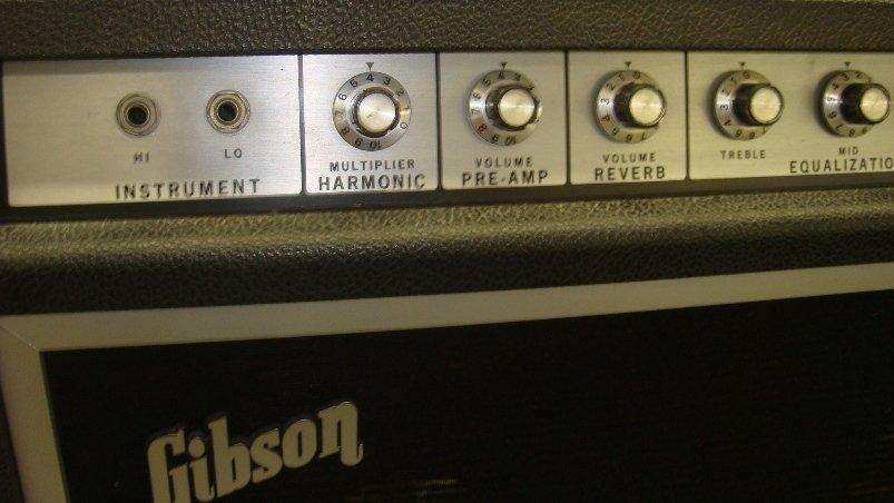 Vintage Gibson G105 2x12 Guitar Amplifier - 2