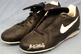 Sandy Alomar Jr. Signed Game Worn Nike Air Cleats